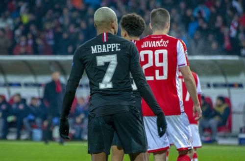 Article : Mbappé oublie Tataw. Pas Maradona !